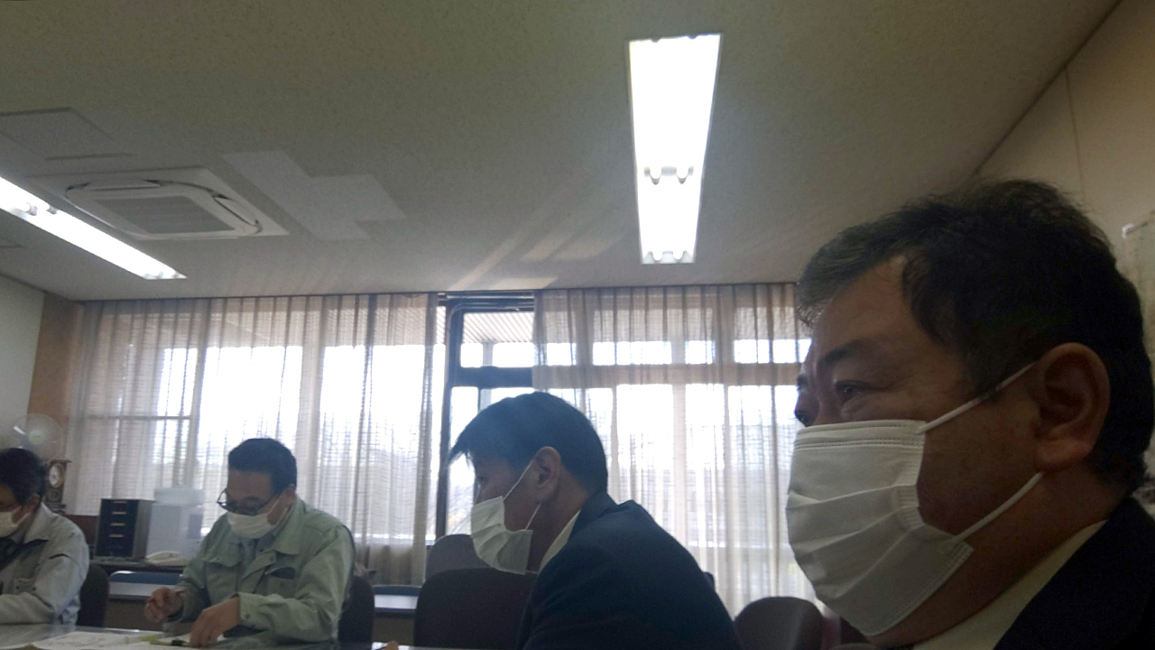 杣区長さんたちと東近江土木事務所に要望活動